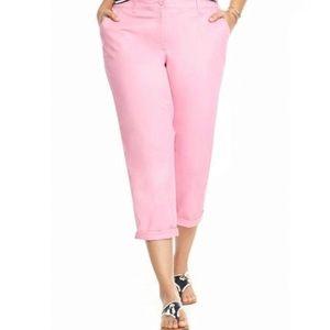 Crown & Ivy Women's Light Pink Chino Capris
